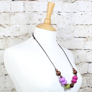 GILLY OLIVE PLUM 3 - Gilly dark wood and silicone teething nursing necklace Olive plum