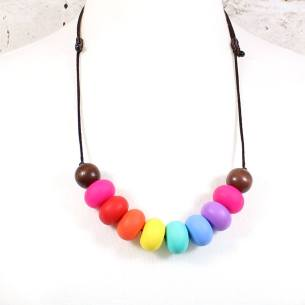 RAINBOW GILLY DARK WOOD 2 - Rainbow Gilly Dark wood silicone teething necklace