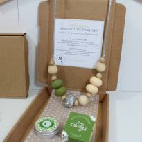 IMG 1834 - New Mum Gift set Teething necklace and balm green