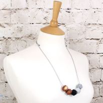 GEO SS 2018 BLACK ROSE GOLD 1 - NEO Geometric silicone teething fiddle necklace Black Rose Gold
