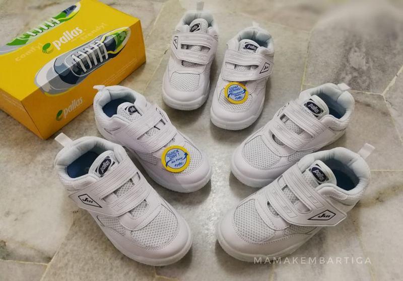 kasut sekolah Pallas putih