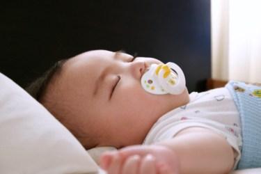 6ヶ月の赤ちゃんの睡眠時間とは?日中の過ごし方や寝かしつけ方
