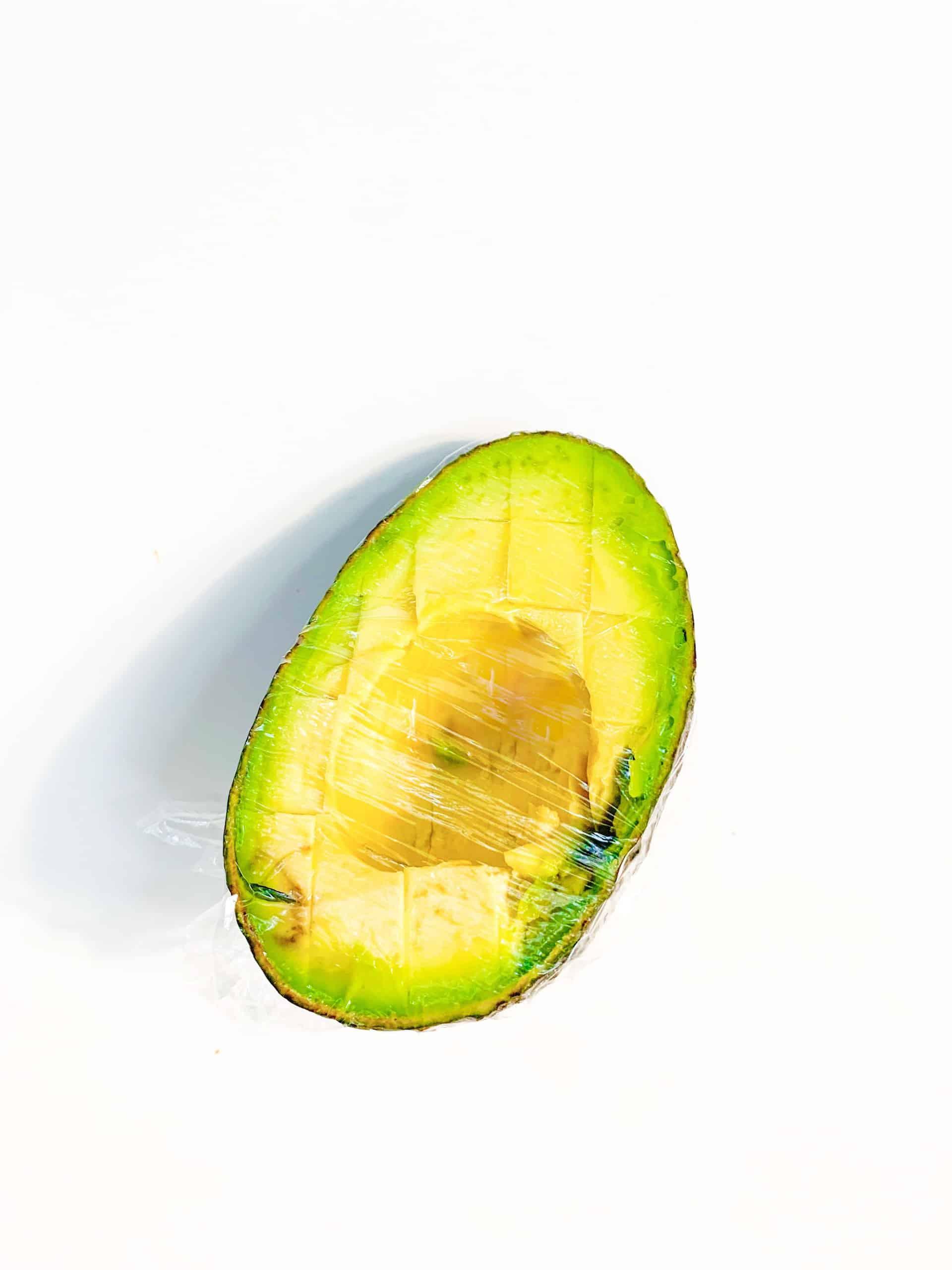 pack avocado in lunchbox