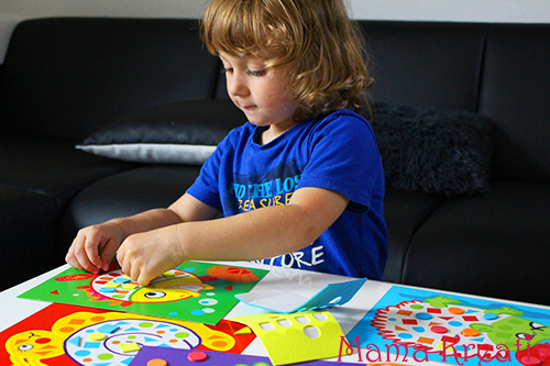 feinmotorik spiele für kleinkinder kleben lernen mosaike legen