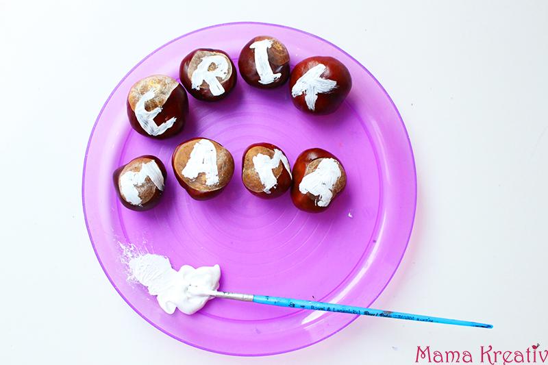 Basteln mit Kastanien für Kinder: Spielen mit Kastanien Kastanien Buchstaben