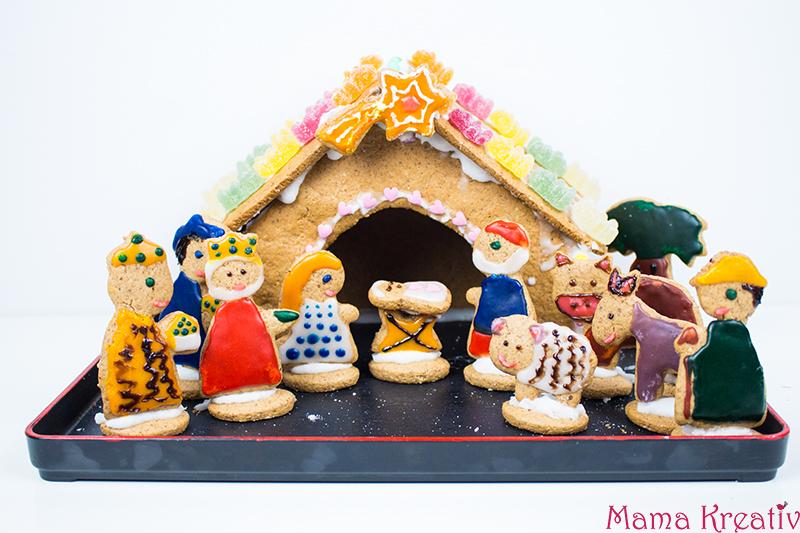 backen-mit-kindern-weihnachten-lebkuchenhaus-krippe-36