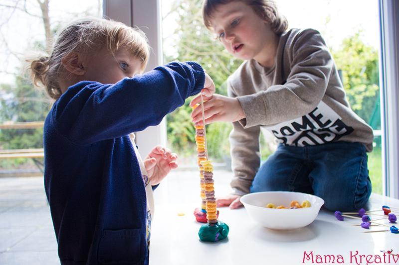 Feinmotorik Spiele für Kinder und Kleinkinder (18)