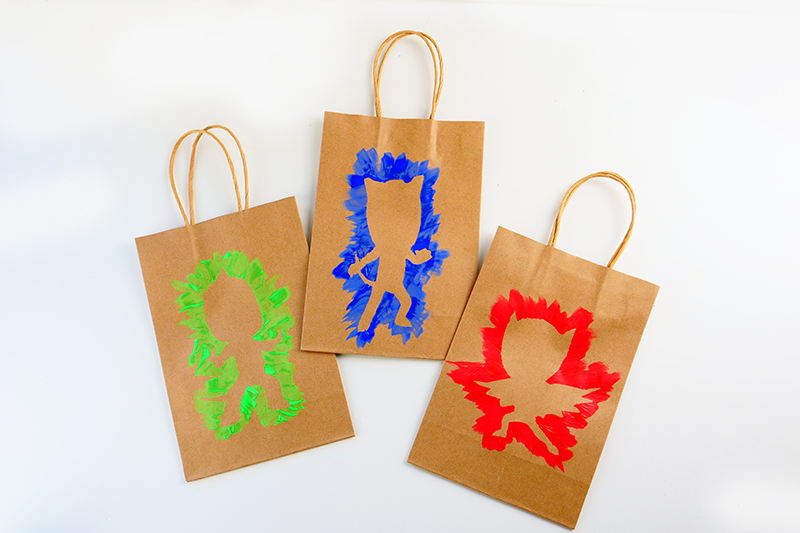 Geschenktüten basteln - PJ Masks Party Ideen: Basteln, DIY und Rezepte für Geburtstag oder Karneval - Kostüme für Kinder