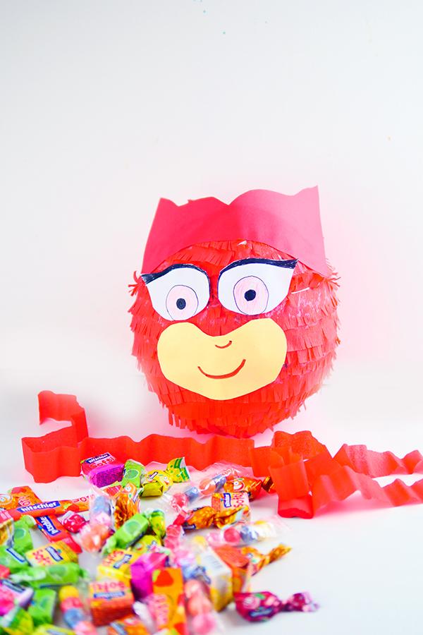 PJ Masks Party Ideen: Basteln, DIY und Rezepte für Geburtstag oder Karneval - Kostüme für Kinder - Eulette Pinata basteln