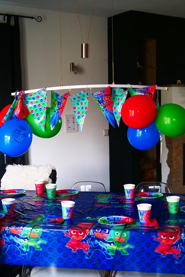 PJ Masks Torte Kuchen backen - PJ Masks Party Ideen: Basteln, DIY und Rezepte für Geburtstag oder Karneval - Kostüme für Kinder