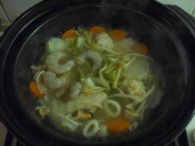 seafood-noodle-soup-7