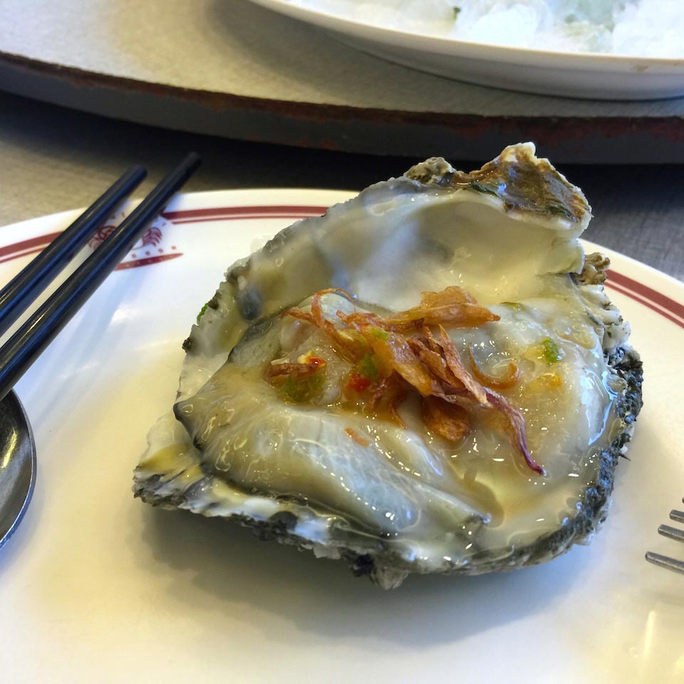 Oyster with chili sauce - Somboon