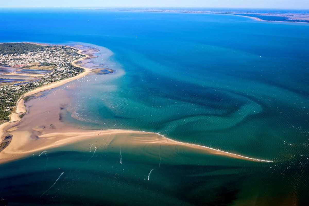 THE ÎLE DE RÉ: Where to spend the French Summer