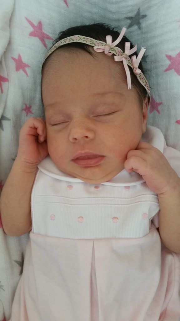 Victoria recién nacida.