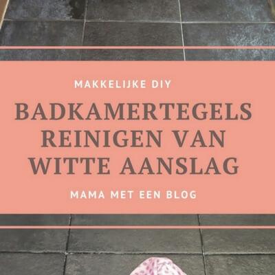 Donkere badkamer tegels met witte aanslag reinigen Mamameteenblog.nl