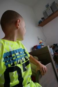 Vingino kleding voor de kinderen Luca close up shirt