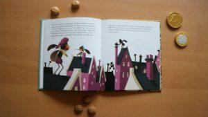Het verhaal van sinterklaas gouden boekje inhoudt 2 pieten