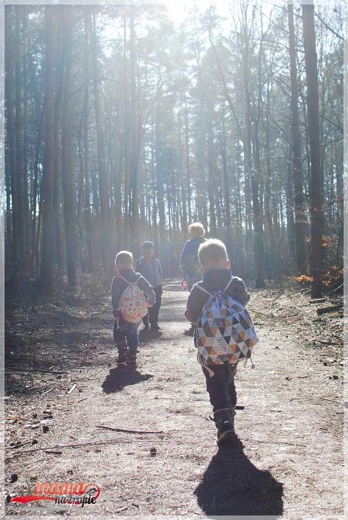 wspólny spacer, spacer rodzinny, wolna niedziela, już wiosna