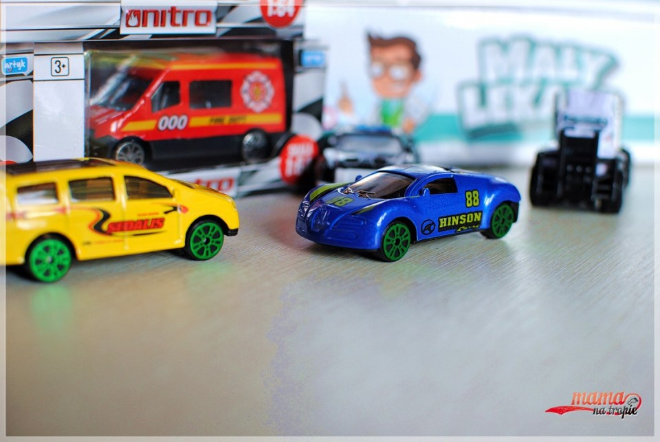 resoraki, samochodziki dla dzieci, dziecięce zabawki
