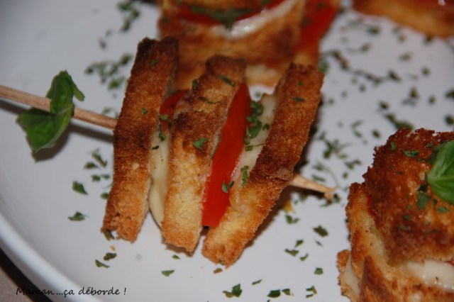 Brochettes mozzarella tomate