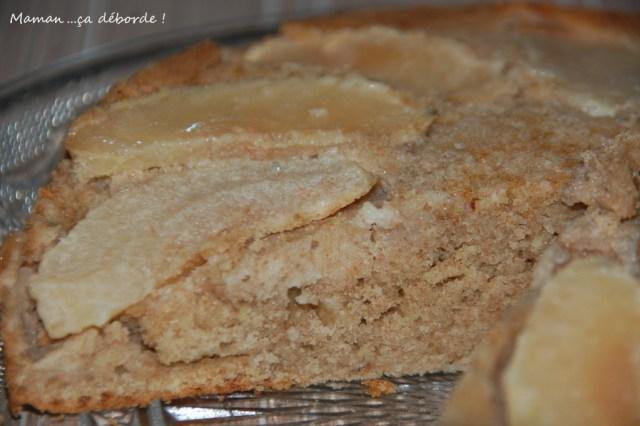 Gâteau à la farine d'épeautre et lait d'amande au caramel beurre salé