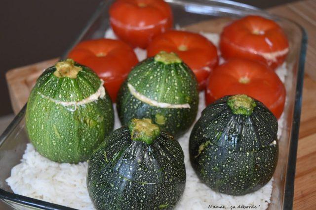 Tomates et courgettes farcies au fromage frais et maquereau