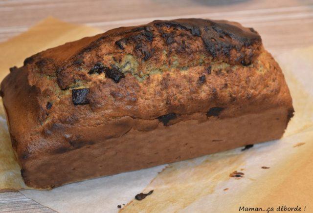 Cake à la peau de banane et pépites de chocolat
