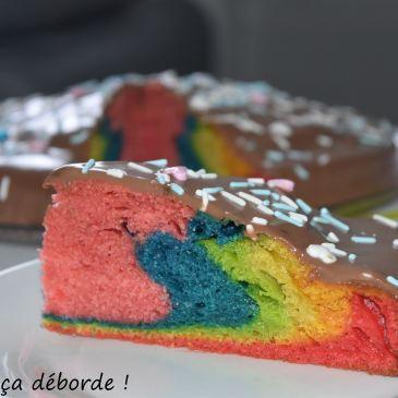 Gâteau arc en ciel