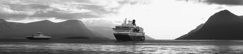 Hurtigruten por los fiordos