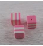 perle-cube-en-resine