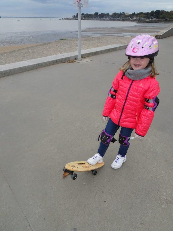 La planche Funbee de D'arpèje pour l'apprentissage du Skate chez les plus jeunes
