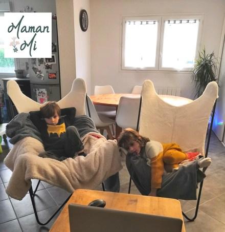 fauteuil fourrure blanc décoration maison salon maman famille