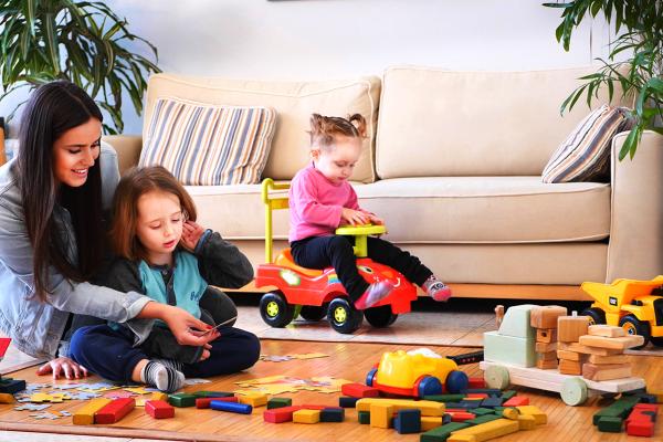 Trouvez rapidement une Baby-sitter près de chez vous ! (concours et cadeaux !)