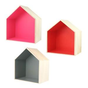 etageres-en-bois-forme-de-maison-a-decorer