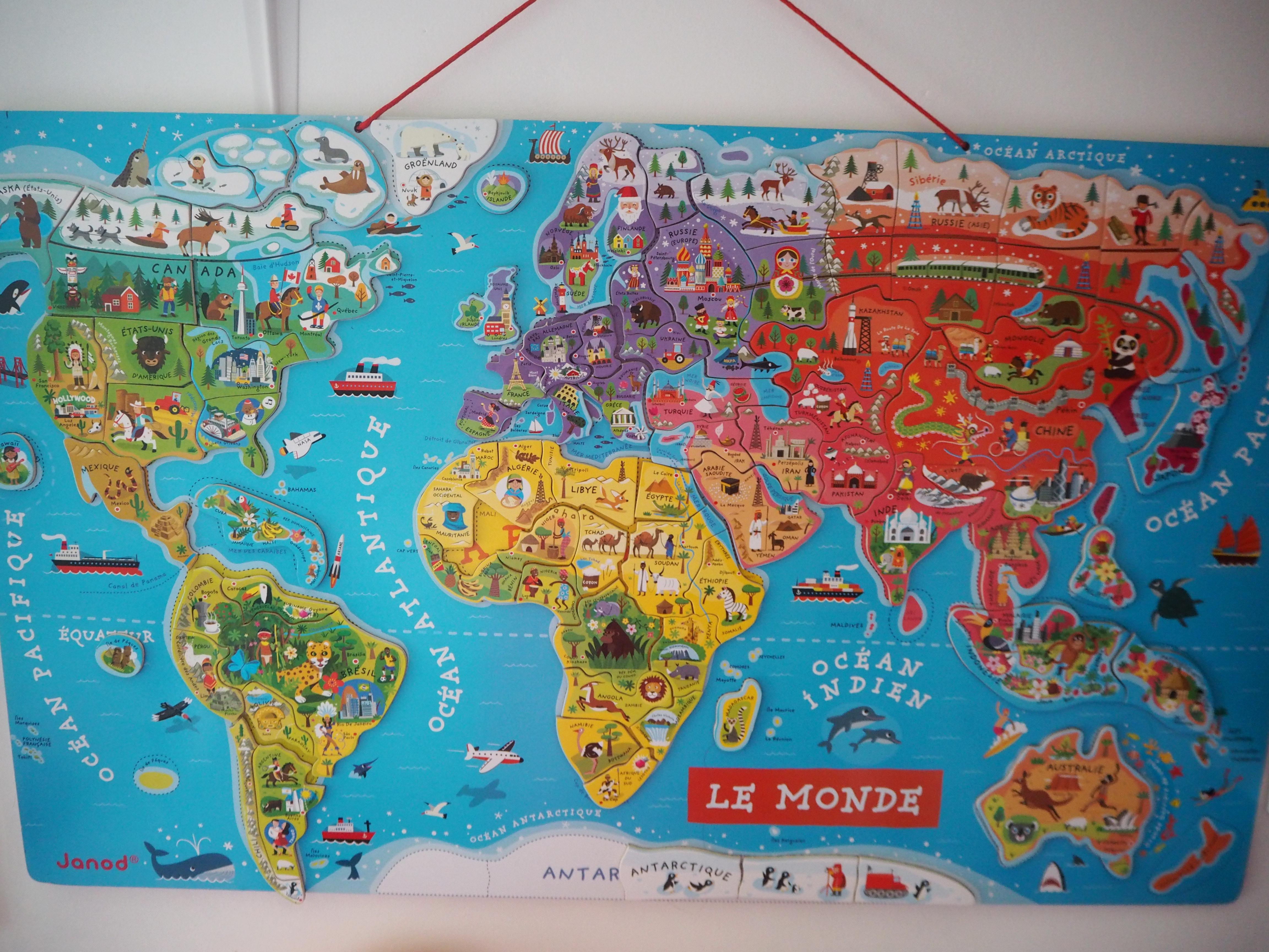 Découvrir le monde avec la carte magnétique de Janod [IEF]