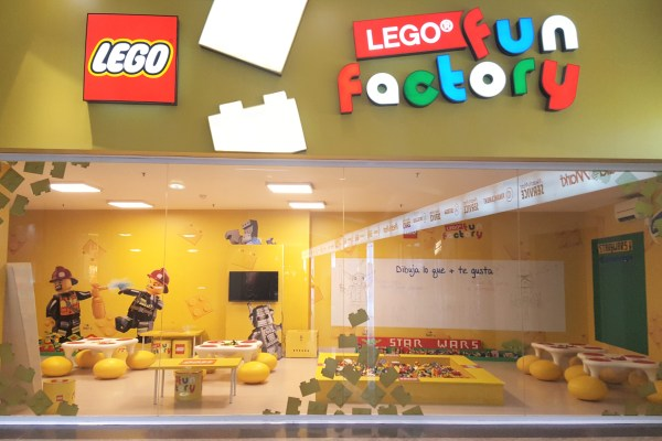 Lego Fun Factory = 1 heure de shopping!