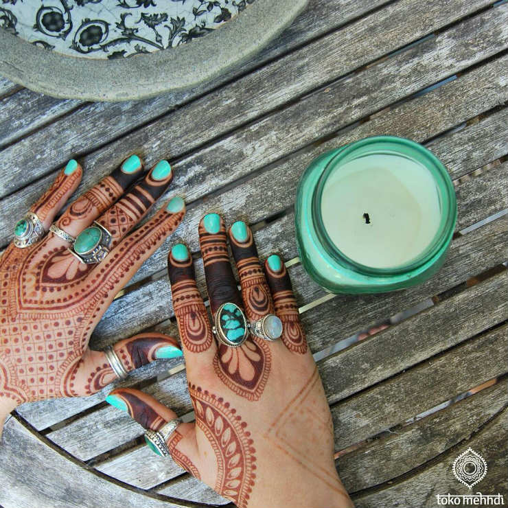 5 Modern Mendhi Instagram Accounts We are Crushing On