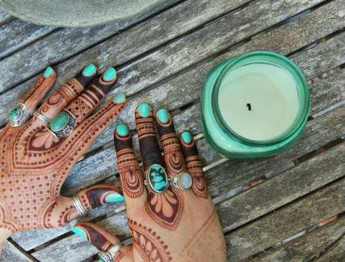 MAMANUSHKA.com    5 Modern Mehndi Instagram Accounts We Are Crushing On Right Now    Henna    Body Art    Temporary Tattoo