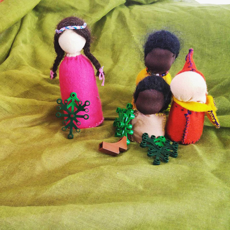 MAMANUSHKA.COM    Celebrating The New Hijri Year    Muslim Festivals    Storytelling    Waldorf Dolls