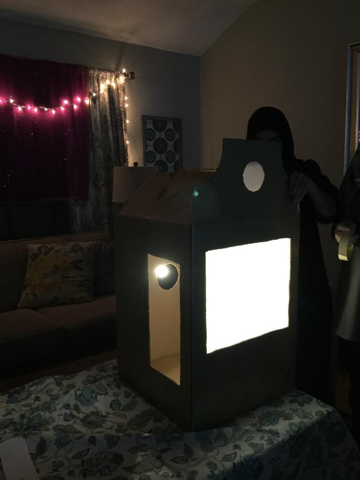 shadow-puppet-settingup-via-mamanushka-blog