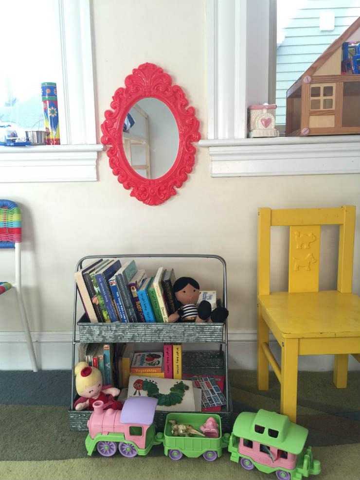 kids-room-decor-babybookshelf-via-mamanushka-blog
