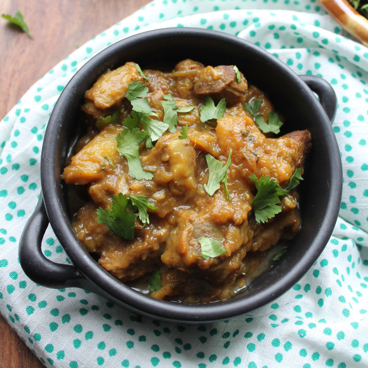 MAMANUSHKA.com    Keri Ka Do Pyaaza: Lamb Curry With Raw Mango & Fried Onions    Hyderabadi Cuisine    Easy Indian Curry    Instant Pot Indian LambCurry