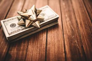 Six Ways to Quickly Make Money for a Holiday