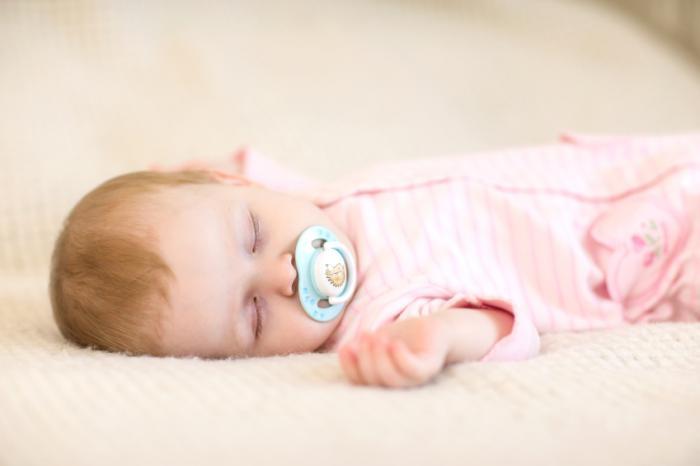 koliko-bebe-spavaju-spavanje-bebe