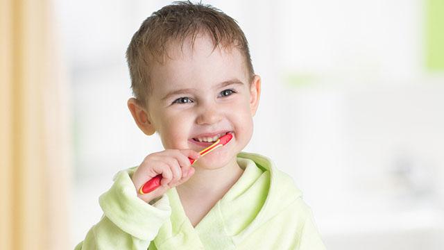 mlijecni-zubi-karijes-na-zubima
