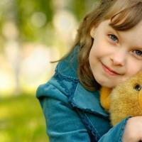 djeca i omiljene igracke