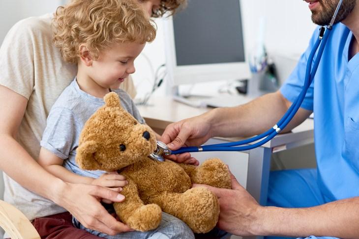 Oslobodite dijete straha od doktora igrom