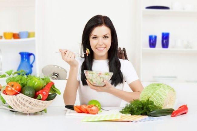 Jaga Pola Makan dan Hindari Diet Ketat