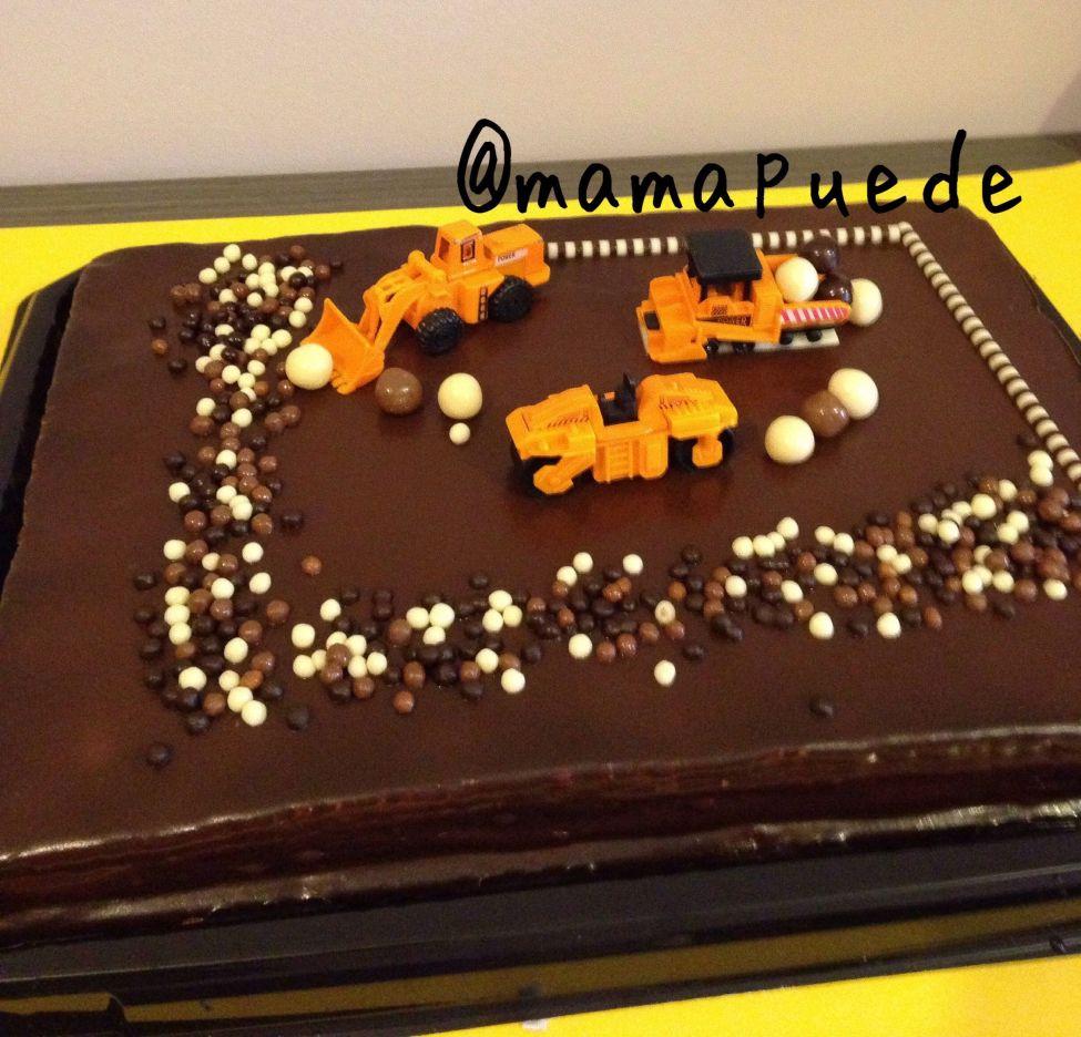 tarta cumple en construcción