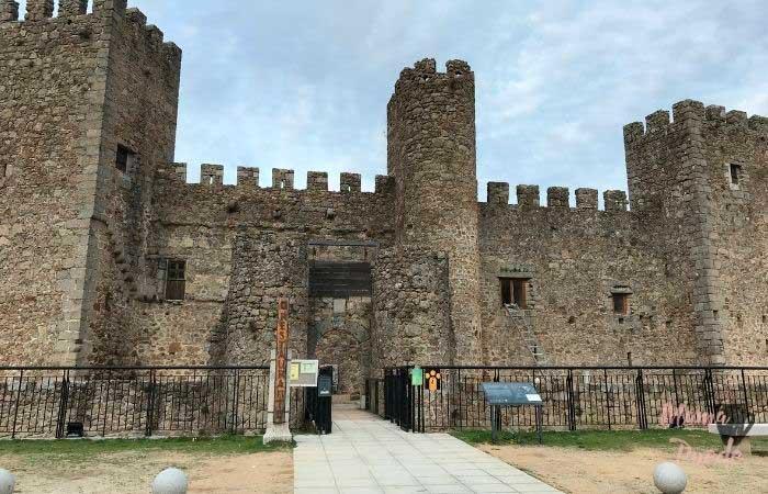 Castillo de Montemayor del Río